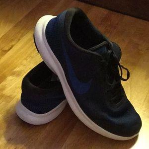 Nike  men's shoes size 13W black & blue